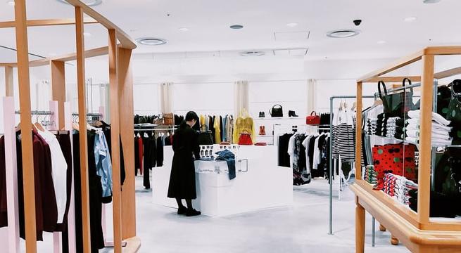 epos system of fashion boutique